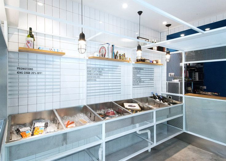 Marina-Inspired Seafood Shops - This Seafood Shop in Shanghai Boasts Intricate Design Details (GALLERY)