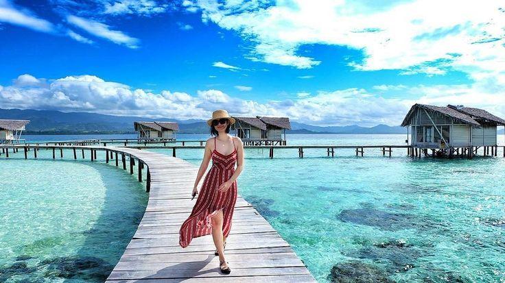 Being here is like love at the first sight 😍😍 . . Location : Pulo Cinta Eco Resort Photo by : @mamayariska  . .  #pulocinta #gorontalo #PesonaIndonesia #WonderfullIndonesia #ExploreNusantara #tukangjalan #JalanJalanMen #pulocintaboalemo #exploregorontalo #trippulocinta #Liburan #Traveling #Travel #Indonesia #Tour #Tukang_Jalan #tukangjalantrip #indonesiabagus #travelphotography #wisataindonesia #pulocintaecoresort #paketwisatapulocinta #paketwisatagorontalo