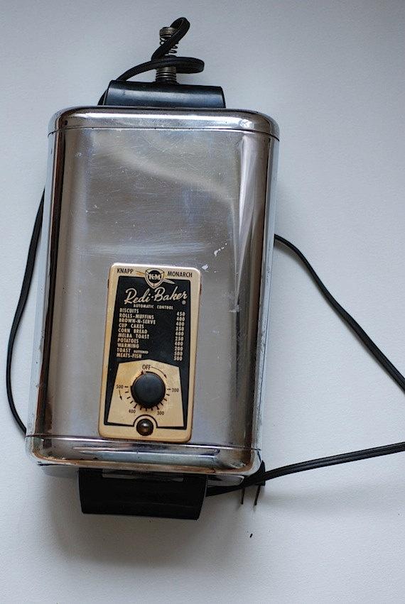 Knapp Monarch Toaster VIntage Kitchen Midcentury by TheNewtonLabel,