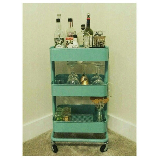 17 best images about bar carts on pinterest tea cart for Tea trolley ikea