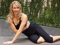 How many SEXY SIDE ARM PUSH UPS can you do? Bonus: this tough, super-effective move slims your obliques too | health.com
