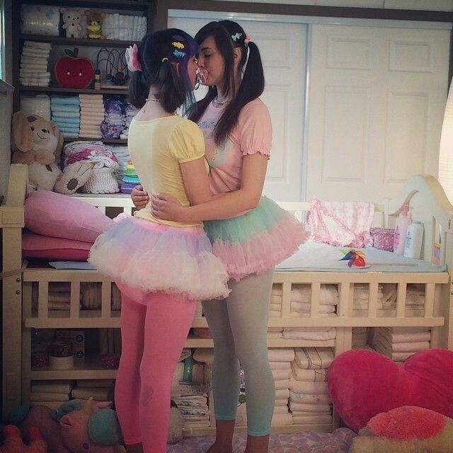 Now Boys Kiss And Makeup: 146 Best Sissy Kisses Images On Pinterest