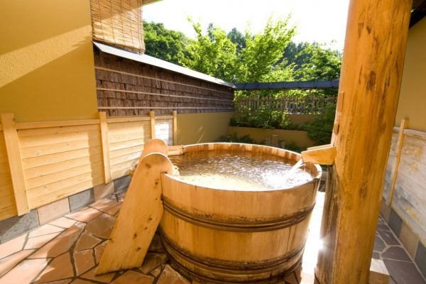 Hotel Sunbird in Gunma | Trip with Tattoo Japan  This bath allows people who have tattoos in.   #onsen #hotspring #tattoo #Japan