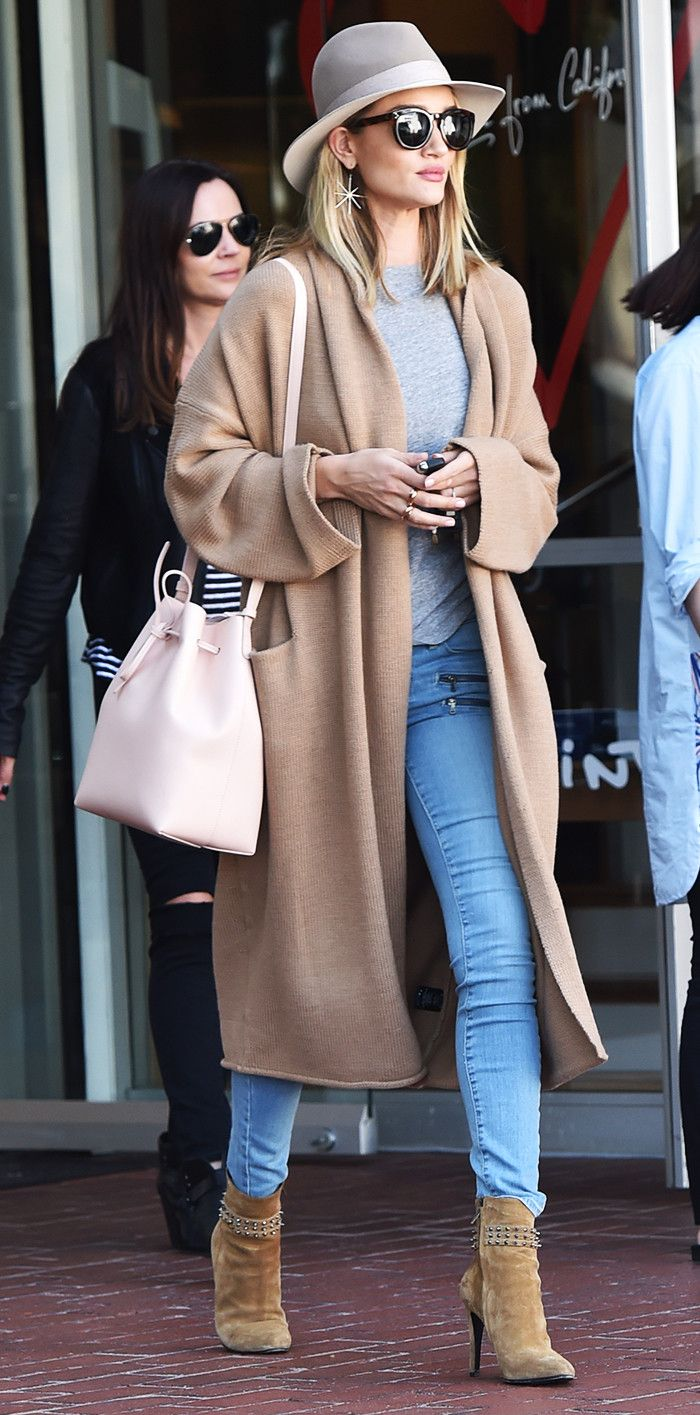 Rosie Huntington-Whitely wins our Celebrity Street Style Star of the Year award for 2016!