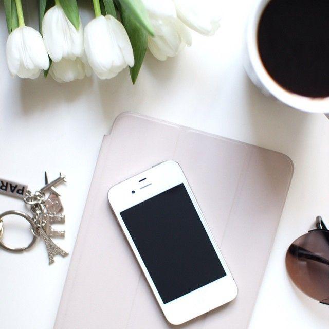 Na blogu święto, bo pojawił sie nowy post  #flowerpower #flowers #tulips #blogging #daily #coffee #instagood #blog #lifestyle