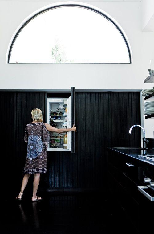 Kitchen | built in/hidden appliances for under stairs