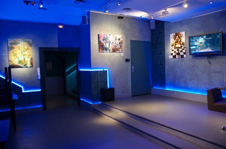 ///////////////////  Artworks :   - #Terrarium no #Shinya, by #Ame  - #Gyoukou, by #Yuu & #Munashichi  - #Onna #Kenshi, by #Hakus  ///////////////////  #Exhibition : 世界の終末 - The End of Times   ///////////////////  Location : Dernier Bar Avant La Fin Du Monde  ///////////////////  #Paris #AOJI #exhibition  #japanexpo #japan #illustration #artwork #geek #geekart #otaku