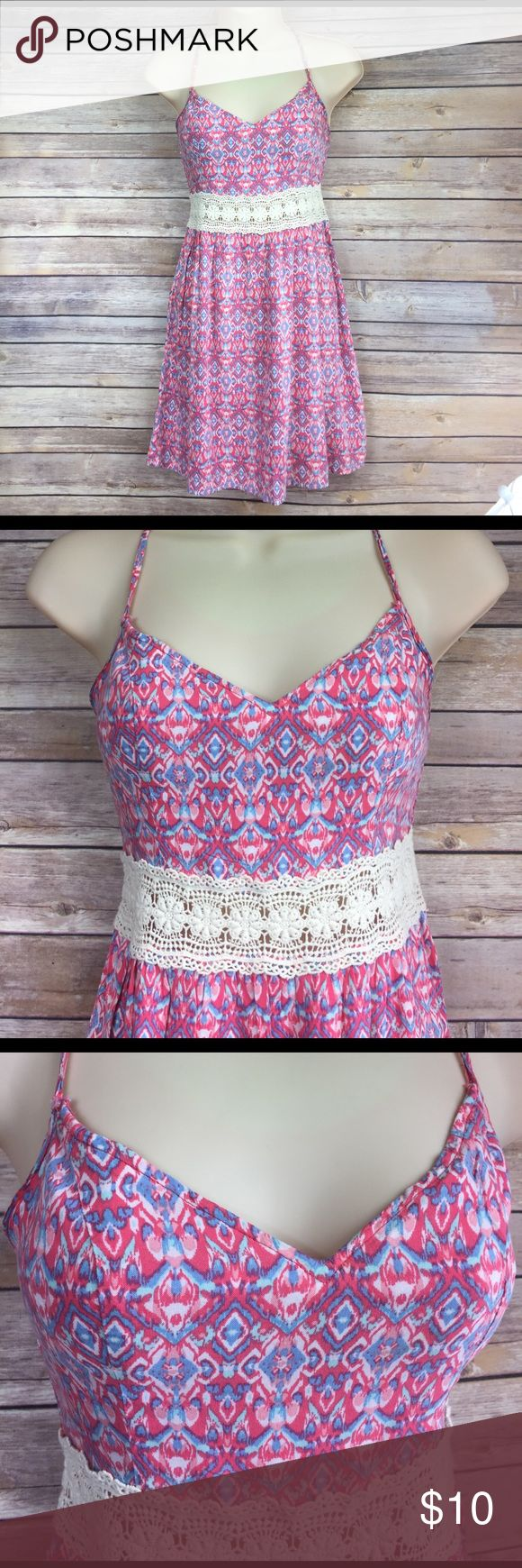 """🔵Size XS Hollister dress Has pretty laced """"belt"""" across the midsection.  Straps are criss-crossed on the back.  🛍 bundle and save!  Buy 2 or more items, receive a 25% discount automatically 🛍 Hollister Dresses"""
