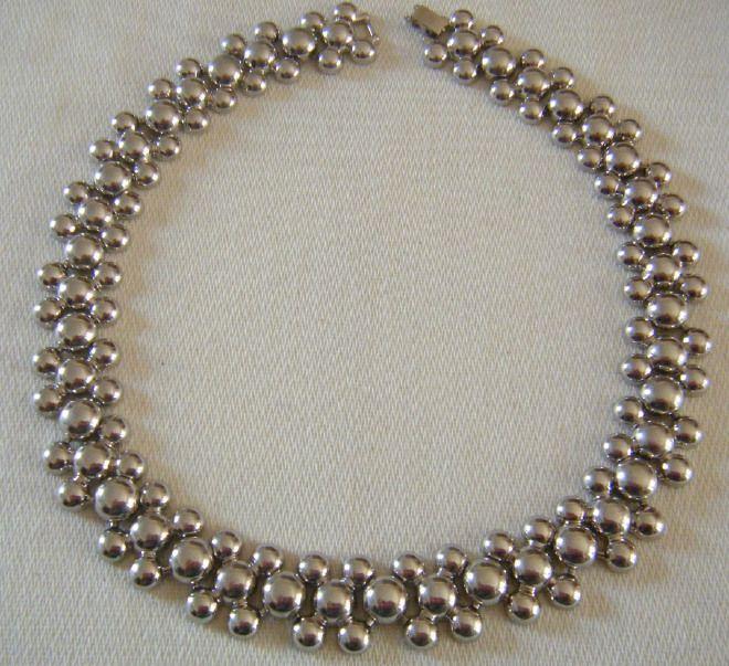 collana girocollo in metallo colore argento