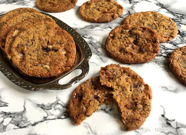 Cookies med chokolade og marshmallows…