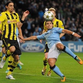Sergio Aguero, Man. City, & Neven Subotic, Borussia. | Man. City 1-1 Borussia. 03.10.12.