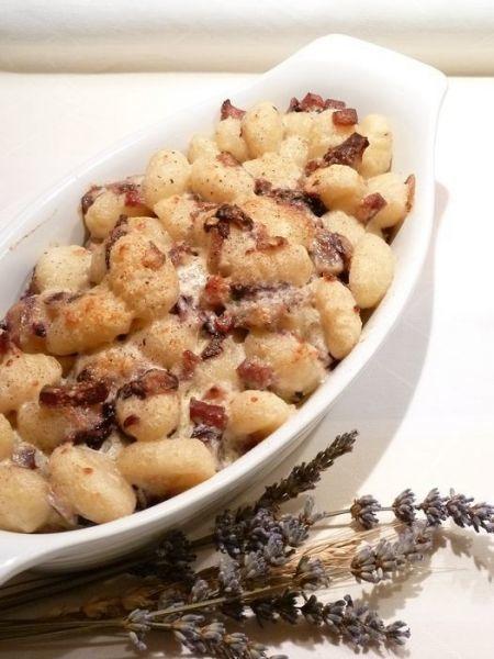 Una ricetta saporita per un pranzo perfetto - Ricetta Portata principale : Gnocchi con radicchio e pancetta da Miele di lavanda