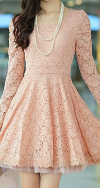 I want whatever the royal side wears to be dainty and feminine, so lots of lace and simple plain colors. Not sure how patterns would mix with this...