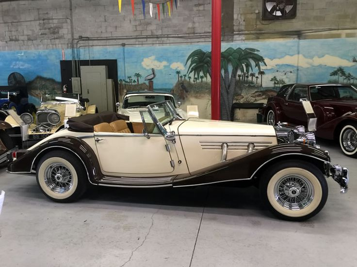 """1934 Mercedes 500k """"Marlene"""" replica,from Classic Roadsters,V6 4 speed manual,built & titled in 1993, low miles showing,wide white tires,real chrome wire wheels,tilt wood steering wheel,roll up windows, Burl wood dash,cream & chocolate,tan interior,& black top & boot,dual exhaust,around 15',smaller model."""