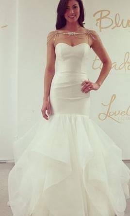 Hayley Paige Blush River 4: buy this dress for a fraction of the salon price on PreOwnedWeddingDresses.com