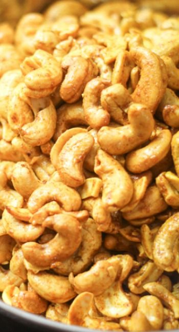 Curry Roasted Cashews