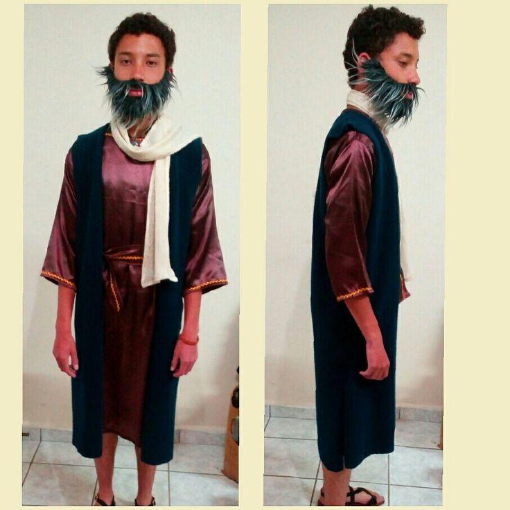 Disfraz de pastor hebreo (San Jose) lo luce mi pequeño gigante Daniel, tratando de recrear un traje de aquella epoca....Apoya al artesano ecuatoriano...😎❤️☺️😍 #primeroEcuador #primerolonuestro #apoyalonuestro