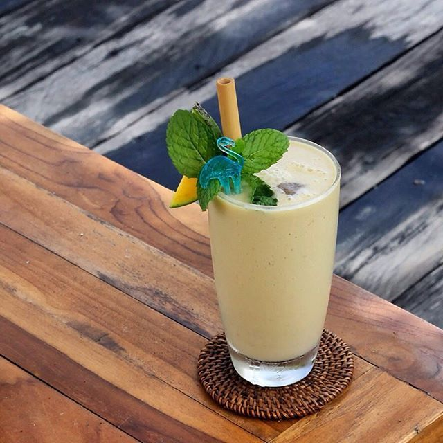 Deep in the forest jungle, meet our tropical King Louie. One of the guests' favourite smoothies! Freshly made of bananas, homemade peanut butter, soy milk, and honey. . . . . . #bismaeight #luxury #boutiquehotel #hotel #bestnewhotel #ubud #bali #traveling #travel #travelgram #mocktail #drinkpics #juicepics #smoothies #tropicaldrinks