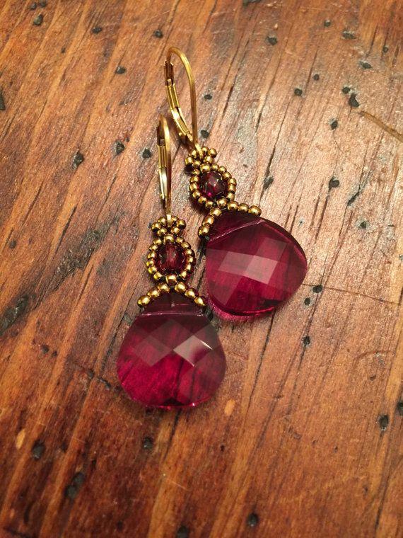 Rubinrot Kristall Ohrringe Swarovski Ohrringe von AmyKanarekDesigns