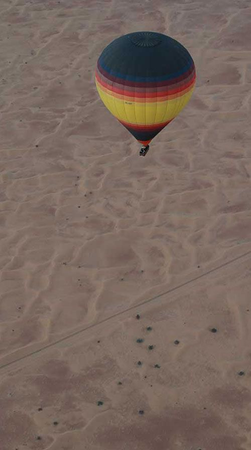 Flying through a dessert in Dubai, such an experience like no other can have. Read more: http://www.matoa-indonesia.com/ambassadors/flyingdesert