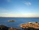 Presa El Oviachic, Ciudad Obregón.  Pesca deportiva de lobina negra y bagre. Podrá practicar ski, veleo, canotaje y bicicleta. Dispone de área para acampar.  Ubicada a 40 km al norte de la ciudad.