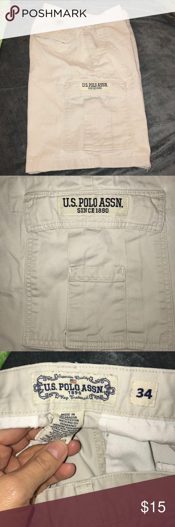 U.S Polo Assn. khaki cargo shorts size 34 In great condition U.S Polo Association khaki cargo shorts size 34 U.S. Polo Assn. Shorts Cargo