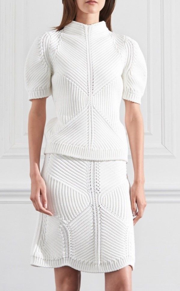 Virgo, cancer || Victoria Beckham Resort 2016
