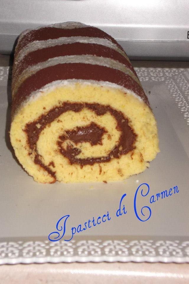 Il rotolo alla nutella è un dolce classico, facile da preparare, veloce e gradito da grandi e piccoli.