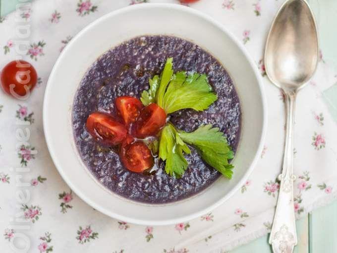 Zuppa di cavolo viola con quinoa real