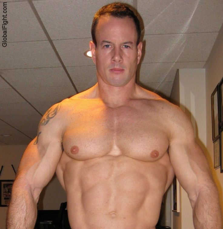Gay College Jocks  Big Dick College Jock Football Hunk Flexing Muscles  Hot Guys  Muscle, Big -2599