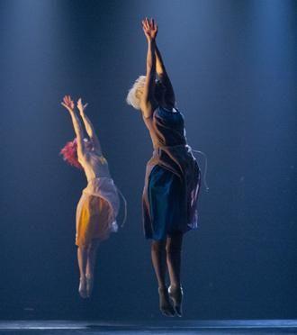 Pori Dance Company. Iduozee - Knif - Saarinen