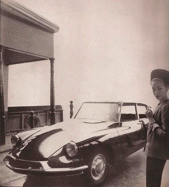 Automobile & Fashion Editorial - 1957 Citroen DS 19- Lincoln Continental Mark II Photo by Gleb Derujinsky