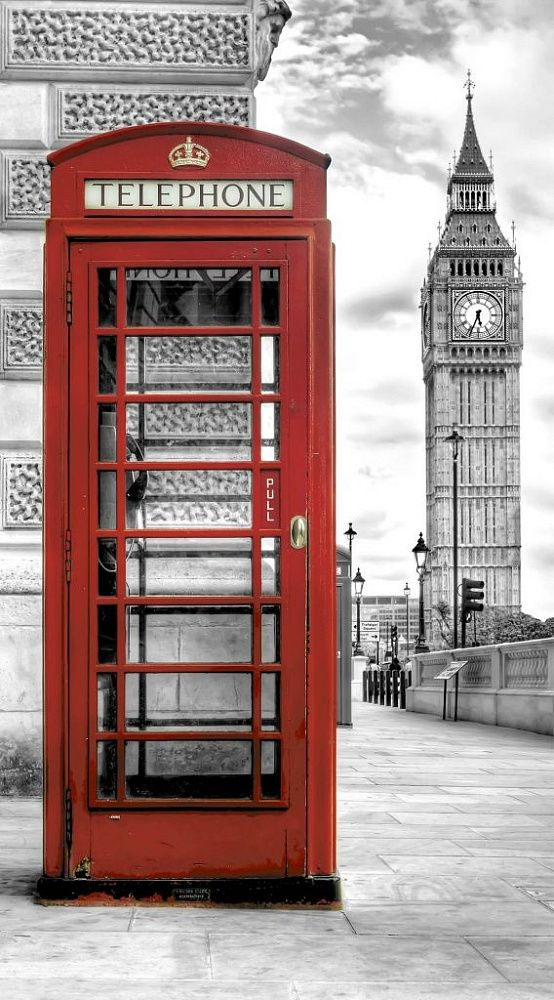 Фотообои на стену. АнтиМаркер 1-А-147 Телефонная будка, Лондон. Черно-белое.