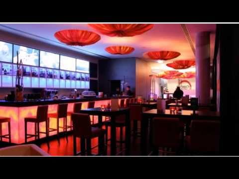 enso Hotel - Ingolstadt - Visit http://germanhotelstv.com/enso This new enso Hotel lies inside Ingolstadt's Ringstraße Road beside the Saturn-Arena and near the Wonnemar Spa and Leisure Centre. It is just a few minutes from the motorway Audi Saturn and the EADS. -http://youtu.be/1Z70jGtIlrw