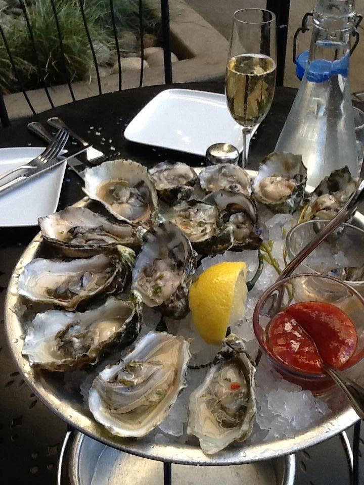 "Miyagi and kumamoto oysters! Willi""s Seafood 403 Healdsburg Avenue  Healdsburg, CA   p: 707.433.9191 @Jennifer Fenster"