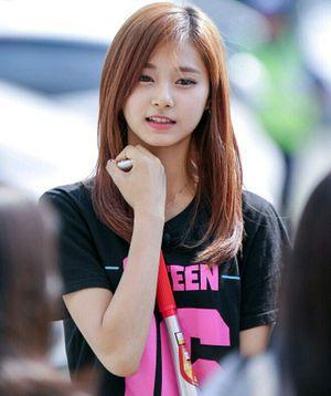 韓国アイドルグループ「TWICE」唯一の台湾人メンバー周子瑜(ツゥイ)がかわいいっ! - NAVER まとめ