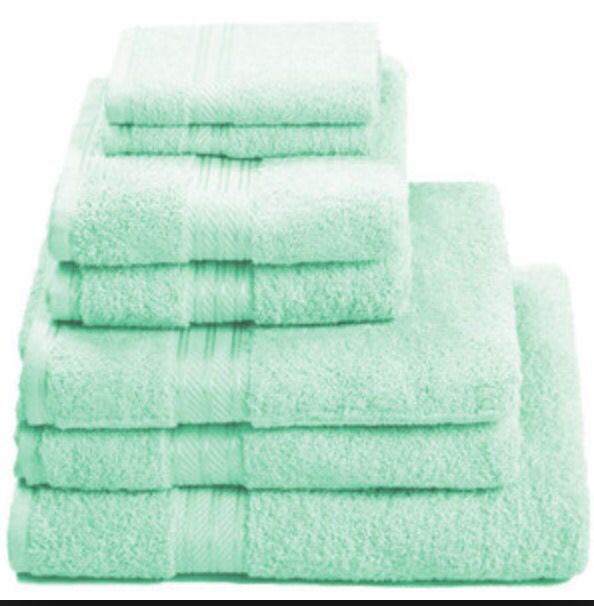 Loving the fact that towels don't have to fit into my color scheme because, you know, they go in the bathroom not my room