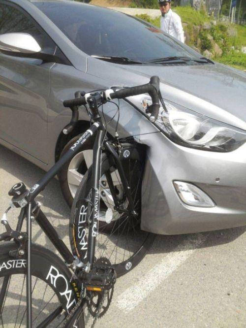 Chinese Car Vs Roadmaster Bike Funny Meme Lol Humor Funnypics