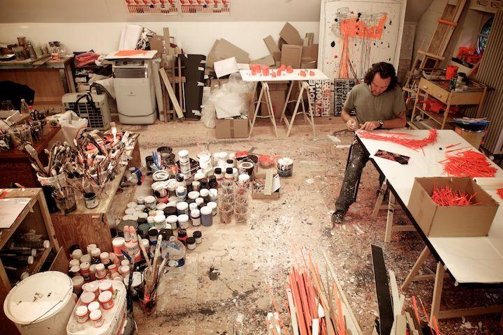 Arne Quinze, the Master of Large Scale Installation   http://artlifemagazine.com/art-qa/belgian-artist-arne-quinze.htm#
