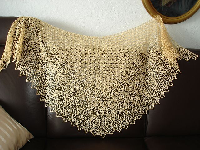 Ravelry: *Wayra* pattern by Birgit Freyer