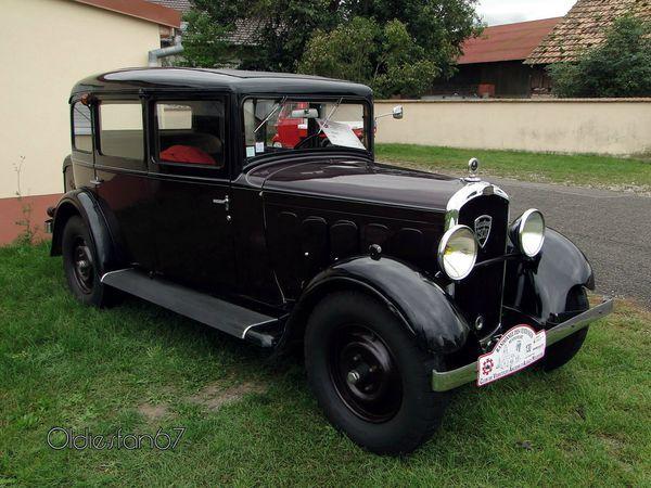 Peugeot 301 berline - 1933 https://www.mixturecloud.com/media/37nEXuIz
