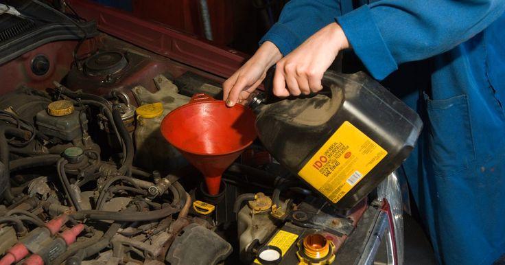 Especificaciones de los fluidos de la Toyota 4Runner . Durante más de 20 años, la Toyota 4Runner ha sido un espectáculo común en las carreteras de los Estados Unidos. Al igual que con otros vehículos que tienen un motor, la 4Runner requiere una variedad de líquidos para que siga funcionando correctamente. Los líquidos son aquellos para el limpiaparabrisas, la transmisión manual, la transmisión ...