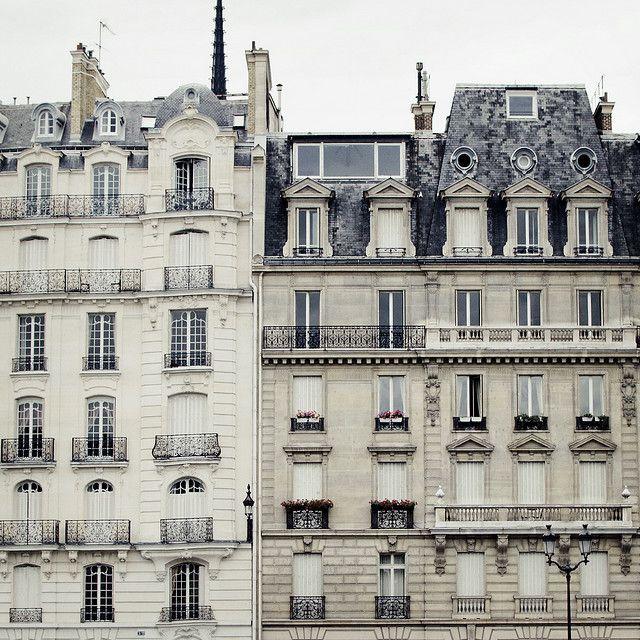 paris***