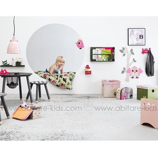 25 best d coration chambre enfant images on pinterest for Petite table pour enfants