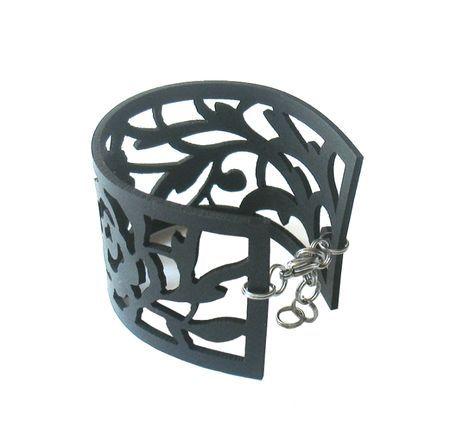 Rosa bracelet by Nouseva Myrsky, 28,50 €.  http://shop.nousevamyrsky.fi