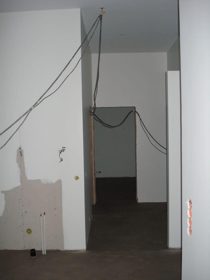 8 december: Mot kök, inre hall och stora sovrummet.