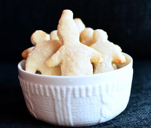 Sukkerfrie og nydelige hvite kakemenn! (Bakekona)