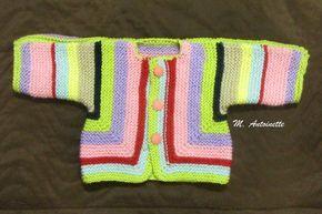 Conhecido como Baby Surprise Jacket, esse casaquinho é ótimo para se aproveitar sobras de lã (desde que o fio seja suficiente para pelo meno...