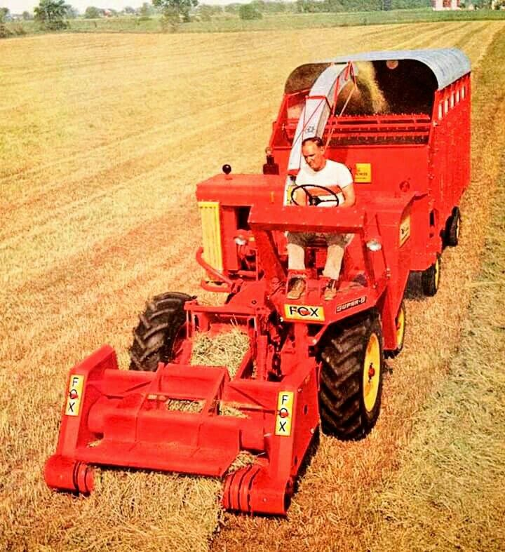FOX Super-B Self-Propelled Forage Harvester
