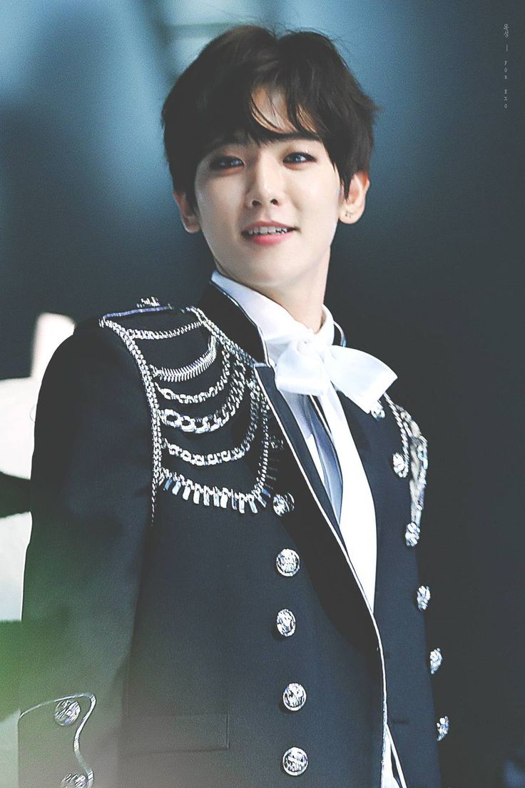 Prince Byun Baekhyun, said to be the most beautiful heir to the throne the world has ever seen #Baekhyun #BaeB